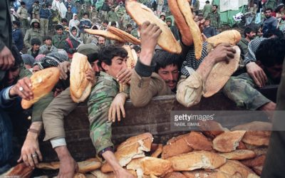 Tanrısız Yaşayabilirsin Ama Ekmeksiz Yaşanmaz.