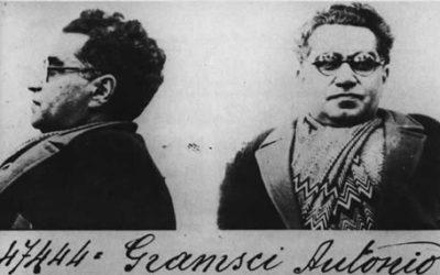 Ve Pasolini'nin paramparça cesedinden geriye Gramsci'nin Külleri kalır…